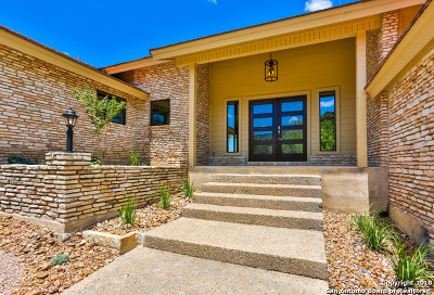 Boerne Single Family Home For Sale: 402 Tapatio Dr W