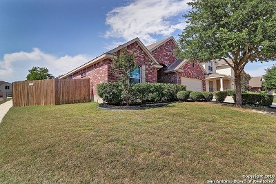 Cibolo Single Family Home New: 402 Loch Lomond Dr