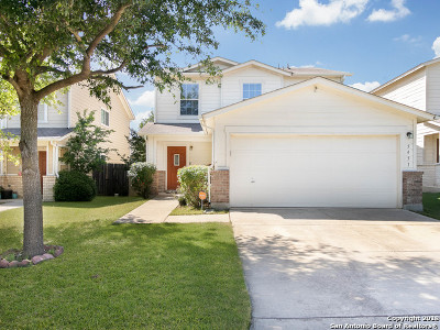 Floresville Single Family Home New: 5451 Spring Walk
