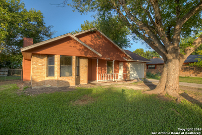 New Braunfels Single Family Home For Sale: 1105 Lazy Trail