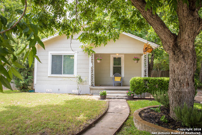 Comal County Single Family Home New: 1261 W Mill St