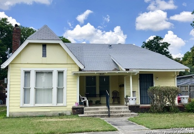 Bexar County Multi Family Home New: 1523 W Kings Hwy