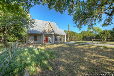 Canyon Lake Single Family Home For Sale: 1261 Lonesome