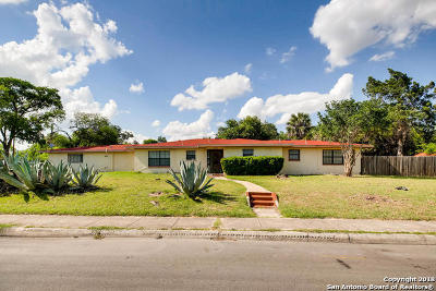 Bexar County Multi Family Home New: 1943 W French Pl