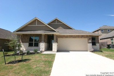 Guadalupe County Single Family Home New: 500 Morgan Run