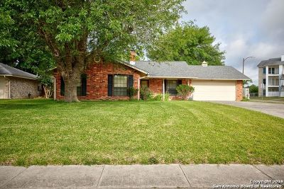 Guadalupe County Single Family Home New: 104 Oldtowne Rd
