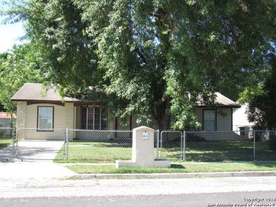 San Antonio Single Family Home New: 2131 Henrietta St