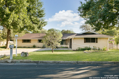 Windcrest Single Family Home For Sale: 630 Rocklyn Dr