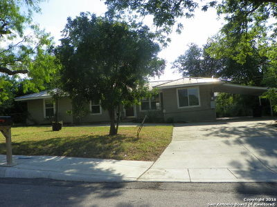 Bexar County, Comal County, Guadalupe County Single Family Home For Sale: 335 Stardust Dr