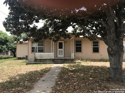 Pleasanton Single Family Home For Sale: 1415 W Goodwin St