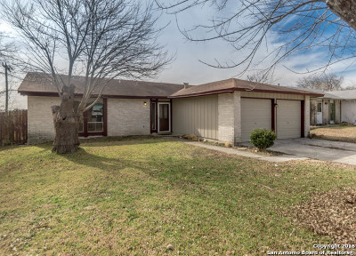 Single Family Home For Sale: 5942 Lake Pines St