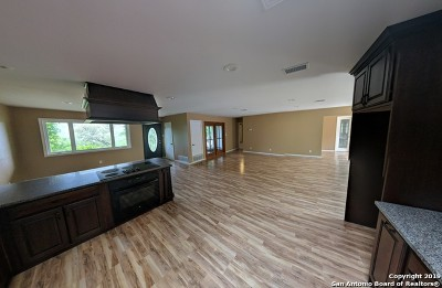 Helotes Single Family Home For Sale: 10350 Whip O Will Way
