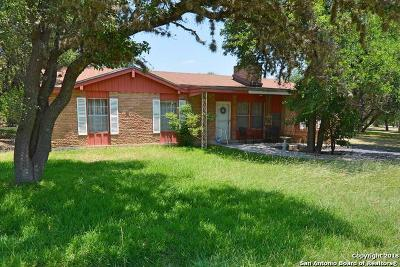 Canyon Lake Single Family Home For Sale: 1243 Cedar Crest Dr