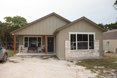 Spring Branch Single Family Home For Sale: 348 Will Rogers Dr
