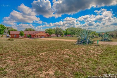 Wilson County Farm & Ranch For Sale: 133 Big Oak Dr