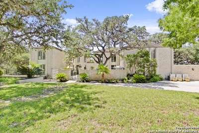San Antonio Single Family Home For Sale: 9530 Majestic Oak Circle