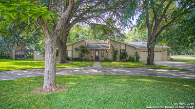 New Braunfels Single Family Home For Sale: 1216 River Acres Dr