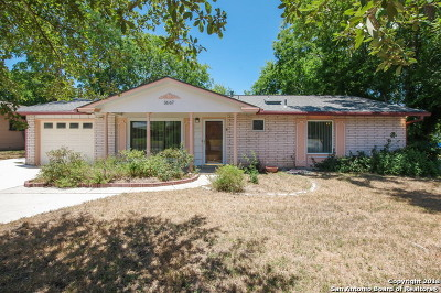 San Antonio Single Family Home For Sale: 3667 Versailles Dr