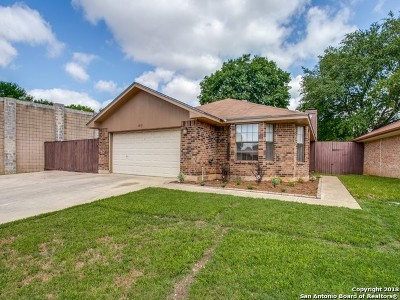 Schertz Single Family Home Back on Market: 1213 Eli Whitney