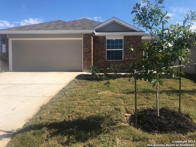 New Braunfels Single Family Home New: 2925 Field View