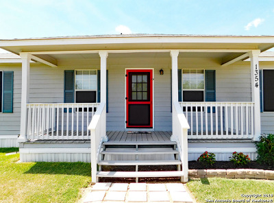 San Marcos Single Family Home For Sale: 1354 Offermann Hill Rd