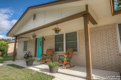 New Braunfels Single Family Home New: 608 Creek Dr