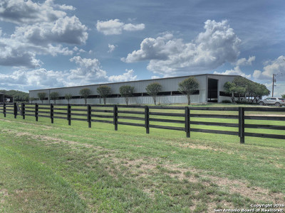 Boerne Farm & Ranch New: 9 Spring Hill Dr