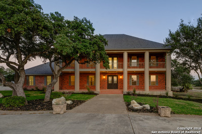 New Braunfels Single Family Home For Sale: 3220 Rolling Oaks Dr