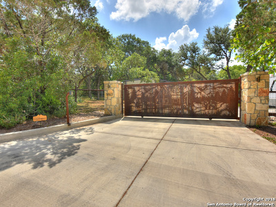 Helotes Single Family Home New: 9823 Menchaca Rd