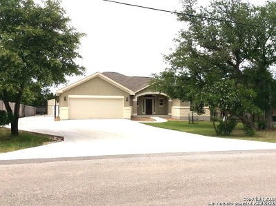 Spring Branch Single Family Home For Sale: 1203 Driftwood Ridge