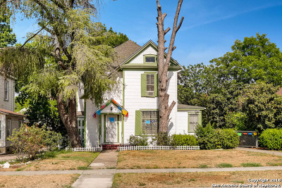 Single Family Home For Sale: 724 Pine St