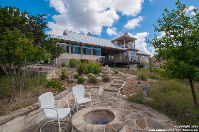 Canyon Lake Single Family Home For Sale: 577 Canyon Rock