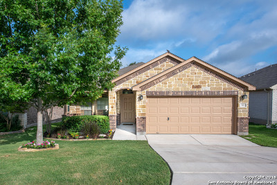 San Antonio Single Family Home Back on Market: 5615 Thunder Oaks