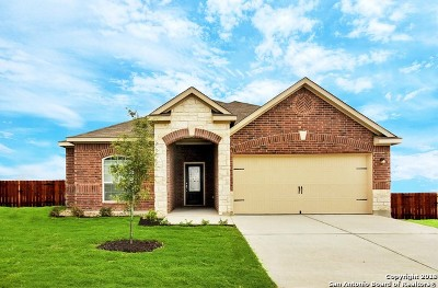 Bexar County Single Family Home New: 7815 Creekshore Cv