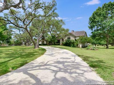 San Antonio Single Family Home Active Option: 9536 Majestic Oak Circle