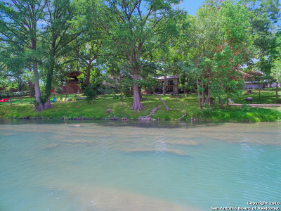 New Braunfels Single Family Home For Sale: 1300 Guadalupe