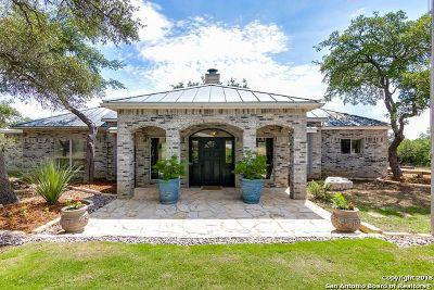 San Antonio Single Family Home For Sale: 6390 Upper Oaks Ln