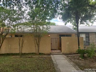 San Antonio Single Family Home For Sale: 6527 Spring Lark St