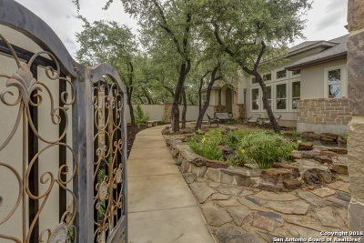 Canyon Lake Single Family Home For Sale: 149 Campbell Dr