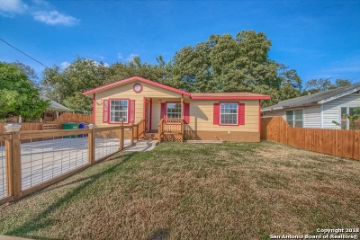 Bandera County Single Family Home For Sale: 1907 W Southcross Blvd