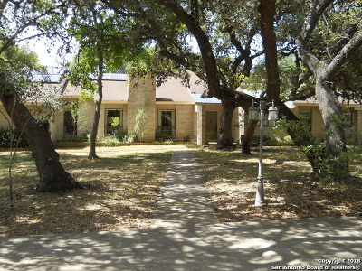 Boerne Single Family Home For Sale: 304 Wollschlaeger Dr