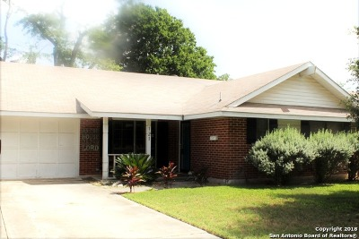 Schertz Single Family Home New: 121 Roundtree Dr