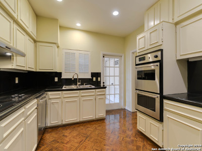 San Antonio Condo/Townhouse New: 7731 Broadway St #H27
