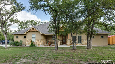 La Vernia Single Family Home New: 121 Sendera Crossing