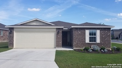 Selma Single Family Home New: 202 Golden Fawn