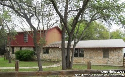 Lakehills TX Single Family Home For Sale: $89,900
