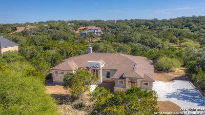 Comal County Single Family Home New: 192 Falling Hills