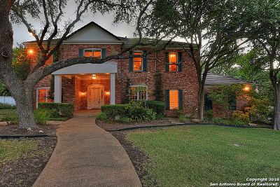 San Antonio Single Family Home For Sale: 13819 Bluff Ln
