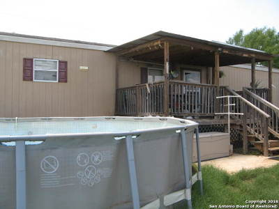Frio County Multi Family Home New: 1105 County Road 1515