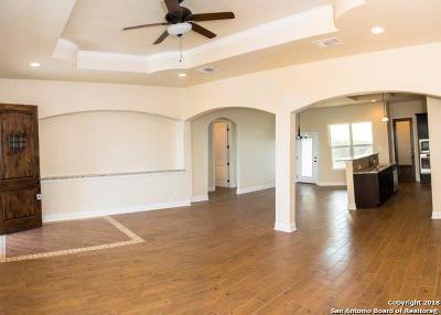 Single Family Home New: 702 Abbott Cove
